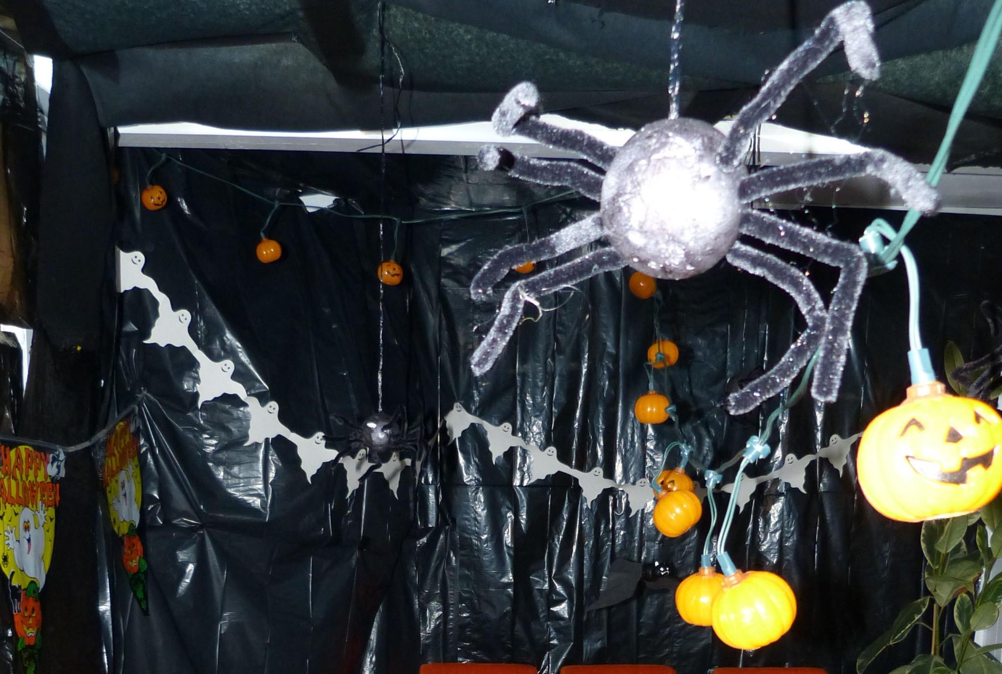 Spinnen, Geister und Kürbisse