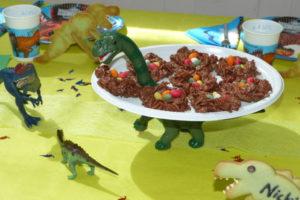 Dino-Etagere