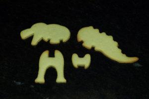 Dinosaurier-Tischkarten_Backen