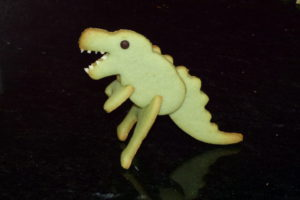 Dinosaurier-Tischkarten_Zusammenbauen