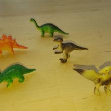 Plastik-Dinos