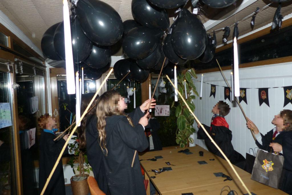 1_Luftballon zerplatzen2V 1