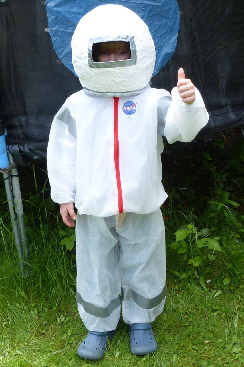 DIY-Astronauten-Kostuem2